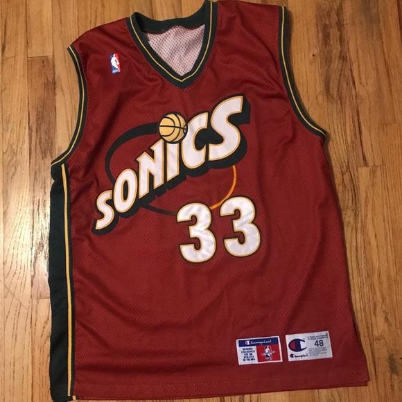 cheap for discount 68bdc 232bf Vintage Patrick Ewing # 33 Champion Sonics Jersey